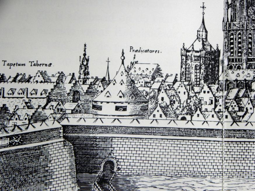 Stadszicht vanuit het zuiden, de dominicanenkerk in opbouw